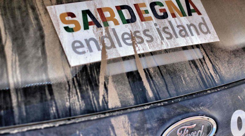 Mads Östbergille sakot Sardinian MM-rallissa