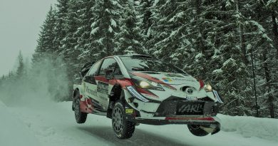 Viisi suomalaiskuskia kisaa WRC-autolla Ruotsin MM-rallissa